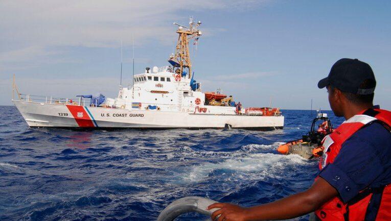 Estados Unidos repatría a 46 inmigrantes cubanos