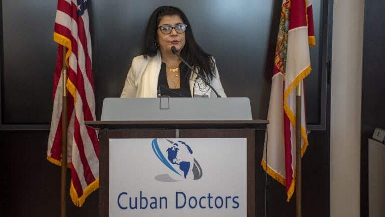 "Dra. Tatiana Carballo: ""No somos desertores, somos cubanos libres"""