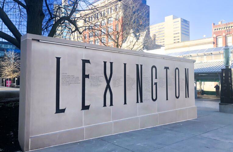 Lexington reabrirá mayoría de sus edificios públicos