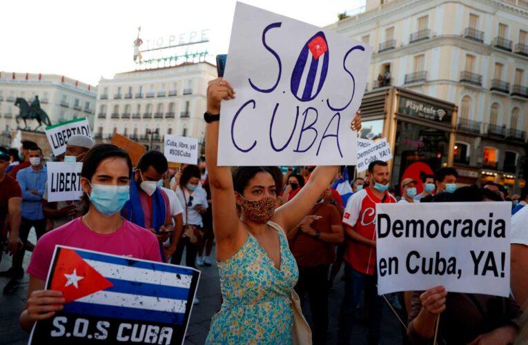 El despertar cubano: manifestaciones versus discursos