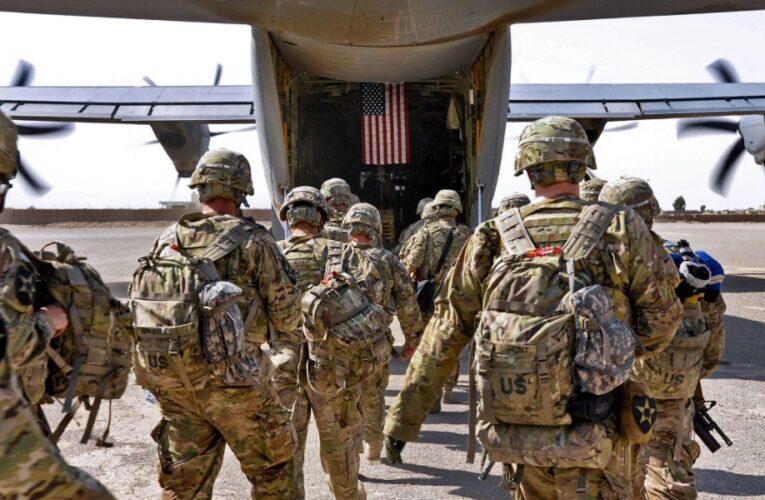 A la deriva miles de americanos en Afganistán: USA admite que no tiene un plan de rescate