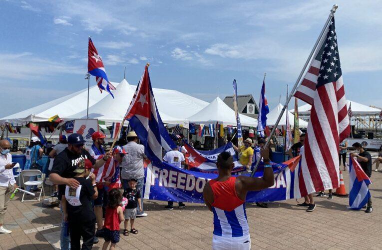 Comunidad Cubana presente en el WordFest de Louisville