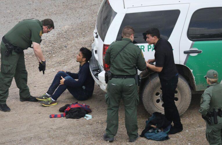 Cifra récord de arrestos a migrantes indocumentados en la frontera