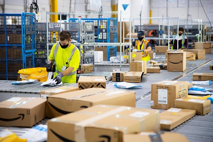 Amazon contratará a 2.500 empleados temporales en Kentucky.