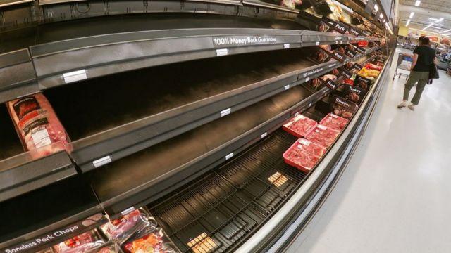 Restaurantes de Louisville luchan con la escasez de carne